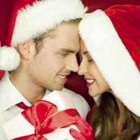 Новогодний подарок парню: что подарить любимому на Новый 2014 год?