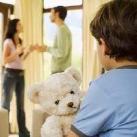 Стоит ли сохранять семью и жить в браке только ради ребенка?