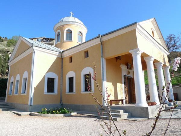 Храм 12 святых Апостолов - Балаклава