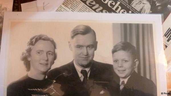 Приемные родители Ф.Хайнеке