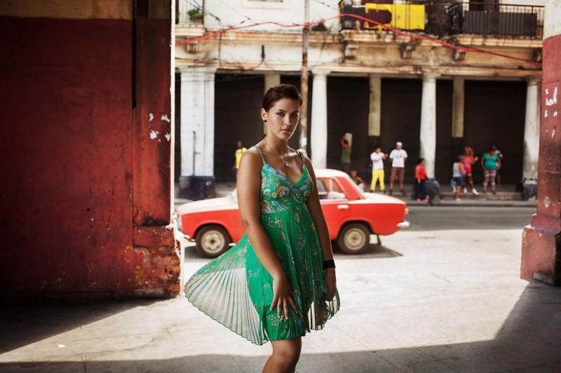 Фото девушки, Куба