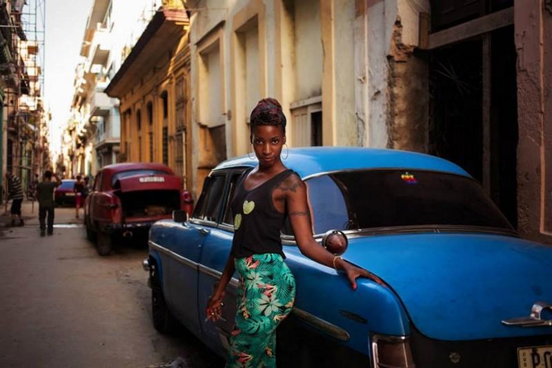 Фото девушки Куба
