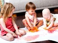 Когда учить ребенка рисовать?